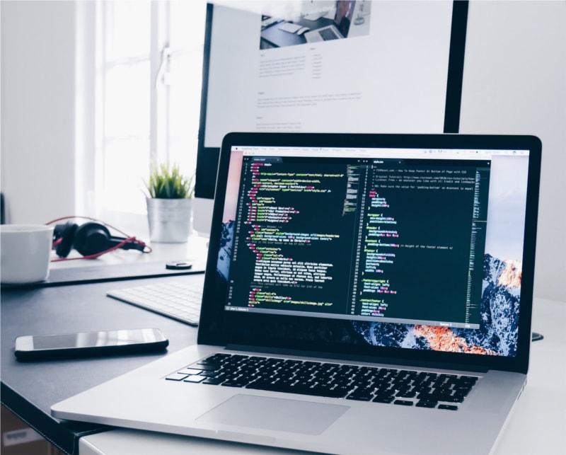 gestão técnica de tudo relacionado com web sites e páginas na internet