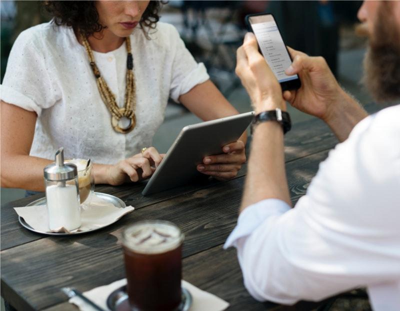 web design e páginas na internet em dispositivos móveis